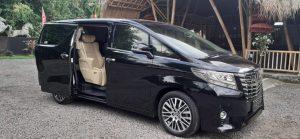 sewa mobil mewah Bali